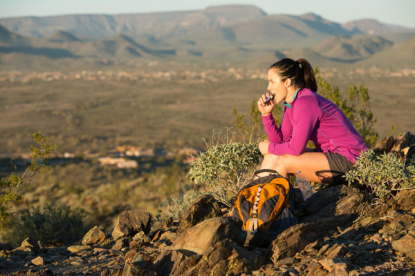 Comment préparer sa nourriture végétarienne pour une randonnée en montagne ?
